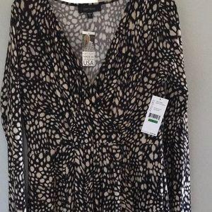 Karen Kane fake wrap style dress.Size L never worn
